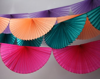 Fan Burst Garland / Tissue Paper banner / Wedding decor / bunting / Party backdrop / NYE party / fan decoration / Reusable / mother's day