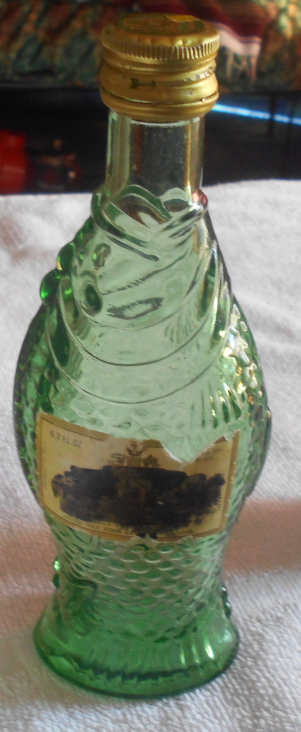 Vintage green glass fish wine bottle by vintagevarietyfinds for Fish wine bottle