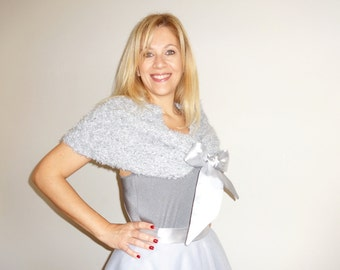 CAPELET Grey Knit Fur like Shrug Wrap with Satin Bow