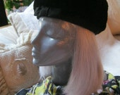 Vintage black mouton fur woman's hat, black genuine plush fur pillbox style hat, black soft pillbox style hat, Danciger mouton fur hat