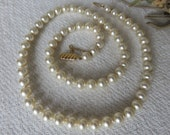 Vintage French Faux Pearl Necklace / Gold Plated Clasp & Safety Chain / Vintage Paris Chic Jewelry / Vintage Jewelry Accessory