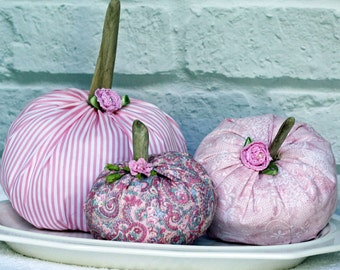 Fabric Pumpkin Set 3 Pink Pumpkins Rustic Cottage Chic Fall Thanksgiving Centerpiece Table Decoration Wedding Favor Place Setting