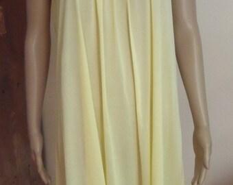 Vintage VANITY FAIR Nightgown Pale Yellow 100% Nylon and Satin S