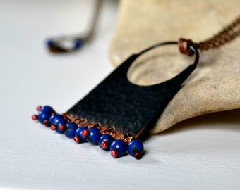 Bohemian necklace, hammered copper pendant necklace with lapis lazuli beads - Marrakesh