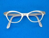 Vintage Pearl Cat Eye Sunglasses Frame Eyeglasses With pink Rhinestone Accents