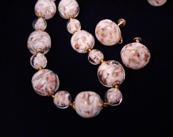 Vintage SOMMERSO White & Aventurine Venetian Murano Glass Bead Necklace and Earrings Set