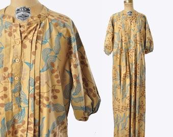 "vintage 70s dress / botanical print / caftan maxi dress / 1970s dress .. 40"" bust"
