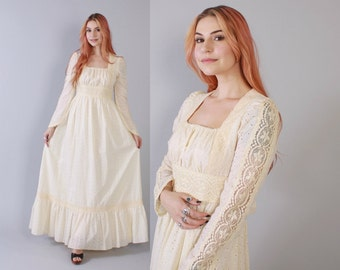 Vintage 70s GUNNE SAX DRESS / 1970s Ivory Boho Bridal Wedding Eyelet Cotton & Lace Maxi Dress M