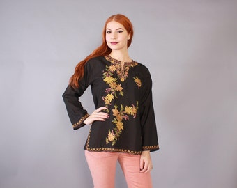 70s Embroidered TOP / 1970s Soft Black Cotton Boho Tunic with Floral Embroidery