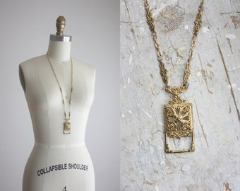 1970s golden filigree necklace