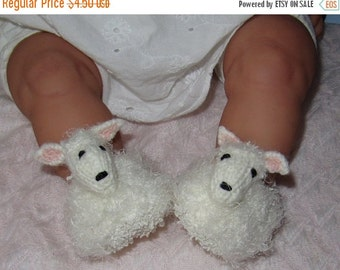 HALF PRICE SALE Digital pdf file knitting pattern -madmonkeyknits Baby Sheep Shoes pdf download knitting pattern