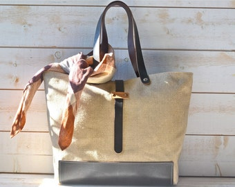 LINEN Tote bag  / Purse / Shopping tote / Leather straps and bottom