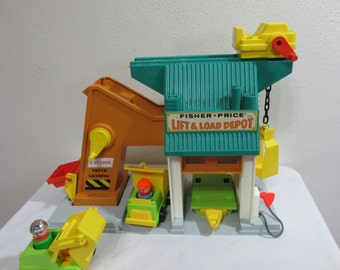 Fisher Price Lift and Load Depot Little People and Trucks 1976