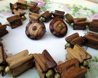 Vintage MidCentury Modern Abstract Beaded wood necklace and earring set