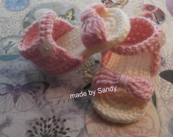 Bow Front Crochet Baby Sandals  0-3 months - ready to ship