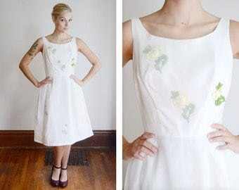1960s White Floral Cocktail Dress - S