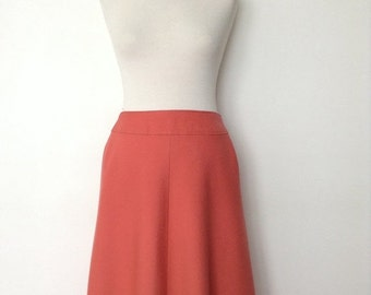 SUMMER SALE French vintage 1970s coral skirt - medium M