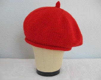 Red Cashmere and Wool Beret. Hand Knit Hat. Fall and Winter Accessories.