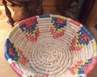 Vintage Woven Grass Bowl Basket ~ Native ~ Southwestern ~ Boho Bohemian Jungalow