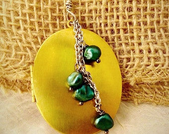Locket necklace Large oval with green fresh water pearls stainless steel chain mixed metal