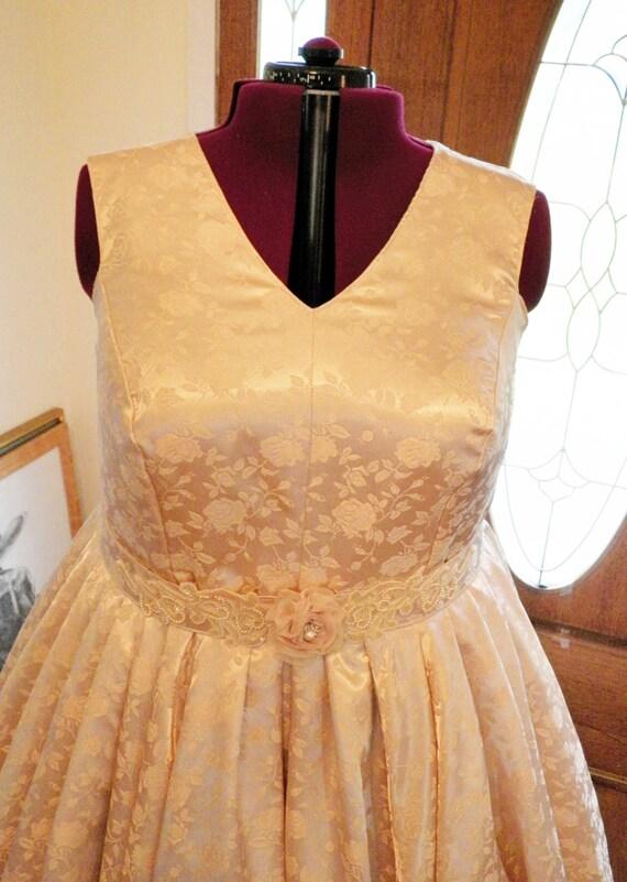 Vintage Wedding Dress,Vintage Wedding Dresses, Vintage Style Wedding Dress, Vintage Plus Size Wedding Dress, made to order