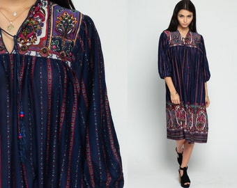 Boho Hippie Dress PAISLEY Print 70s Caftan Ethnic Midi Navy Blue Tent Bohemian 80s Vintage Tunic Psychedelic Balloon Sleeve Medium Large