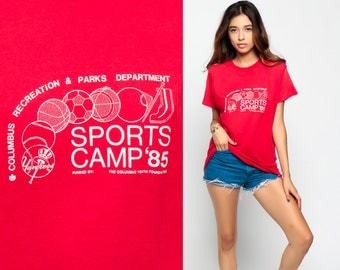 Graphic Tee Shirt Vintage 1985 SPORTS CAMP Shirt 80s Tshirt Columbus Yankees Paper Thin Retro T Shirt Print Red Large