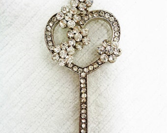 Vintage Rhinestone Key and Chain Necklace