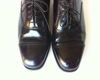 Mens Shiny Black Florsheim Spectator Oxfords - Size 10.5 D