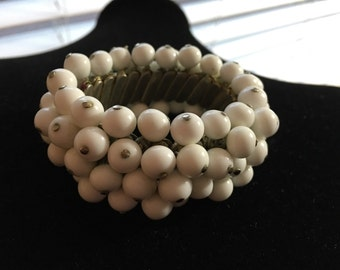 Vintage White Chunky Wide Bead Bangle Bracelet Japan