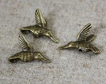 Pack of 10 – Antique Bronze Beads Hummingbird