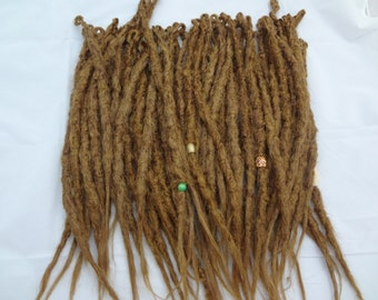 62 Synthetic dreadlock extensions. Strawberry dark blonde dreadlocks. Knotty Blonde dreads. Synthetic dreads. Made, Ready to Ship. Full head