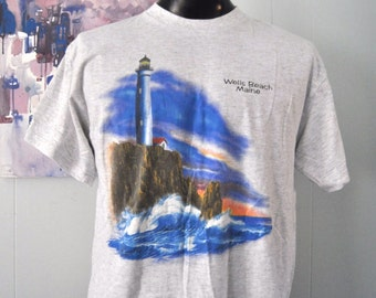 Vintage Maine TShirt Wells Beach Lighthouse Coast Vacation New England Light Heather Gray XL