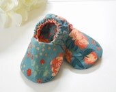 Reversible Baby Shoes, Peony Soft Sole Baby Shoes Sz. 3-6 months, Crib Shoes, Baby Shower Gift