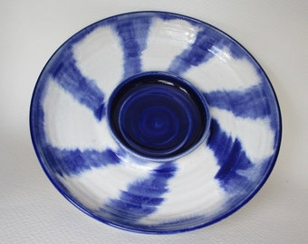 platter tray, blue and white