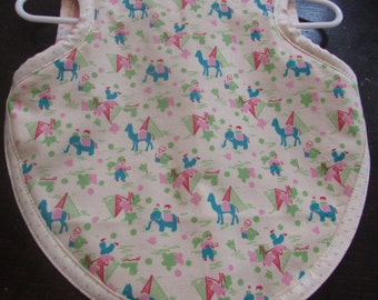 Bapron/Bib for baby/toddler girl with reproduction fabric and terry backing