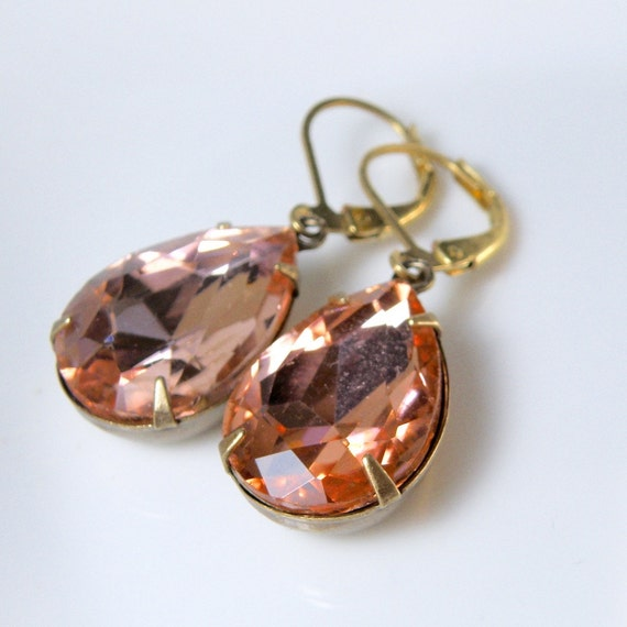 Faceted glass earrings, pink peach glass drops, pink earrings, estate style earrings, vintage glass drops, pink glass lever back earrings