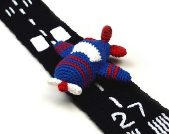 Airplane with Runway Scarf - PDF Crochet Pattern - Instant Download
