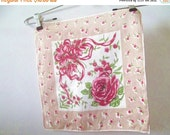 50% OFF Sale Bold Beautiful Vintage 1950s 1960s Bright Red Green Sand and White Cotton Print Rose Hankie Handkerchief Hanky