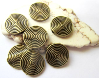 18 Antique bronze  beads boho chic jewerly supply tribal bohemiam 526Y flat round bead 18mm - Z6