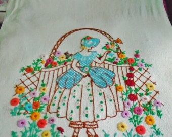 Antique Southern Belle Lady Heavy Knobby Linen Wool Yarn Hand Embroidered Bedspread Coverlet 1900's Single or Twin Rare Collectible Farm