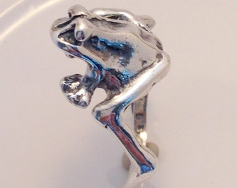 Sterling Silver Vintage Frog Ring Beautiful Detail Nature