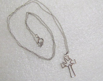 Vintage Avanti Sterling Silver Openwork Cross & Dove Necklace Religious
