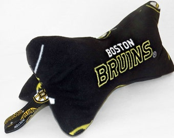 Boston Bruins neck and travel pillow