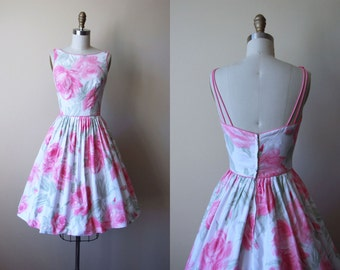 1950s Dress - Vintage 50s Dress - Pink White Rose Print Full Skirt Cotton Sundress XS - Elizabeth Park Dress