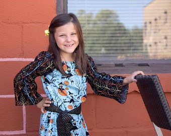 Girls Dress, Peasant Dress: Happy Halloween from the Good Witch, size 7