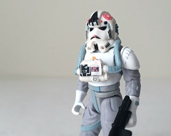 AT-AT Driver Star Wars Figure - 1990s Kenner Star Wars Kids Toy - Pilot Action Figure from Star Wars The Empire Strikes Back - Ready to Gift
