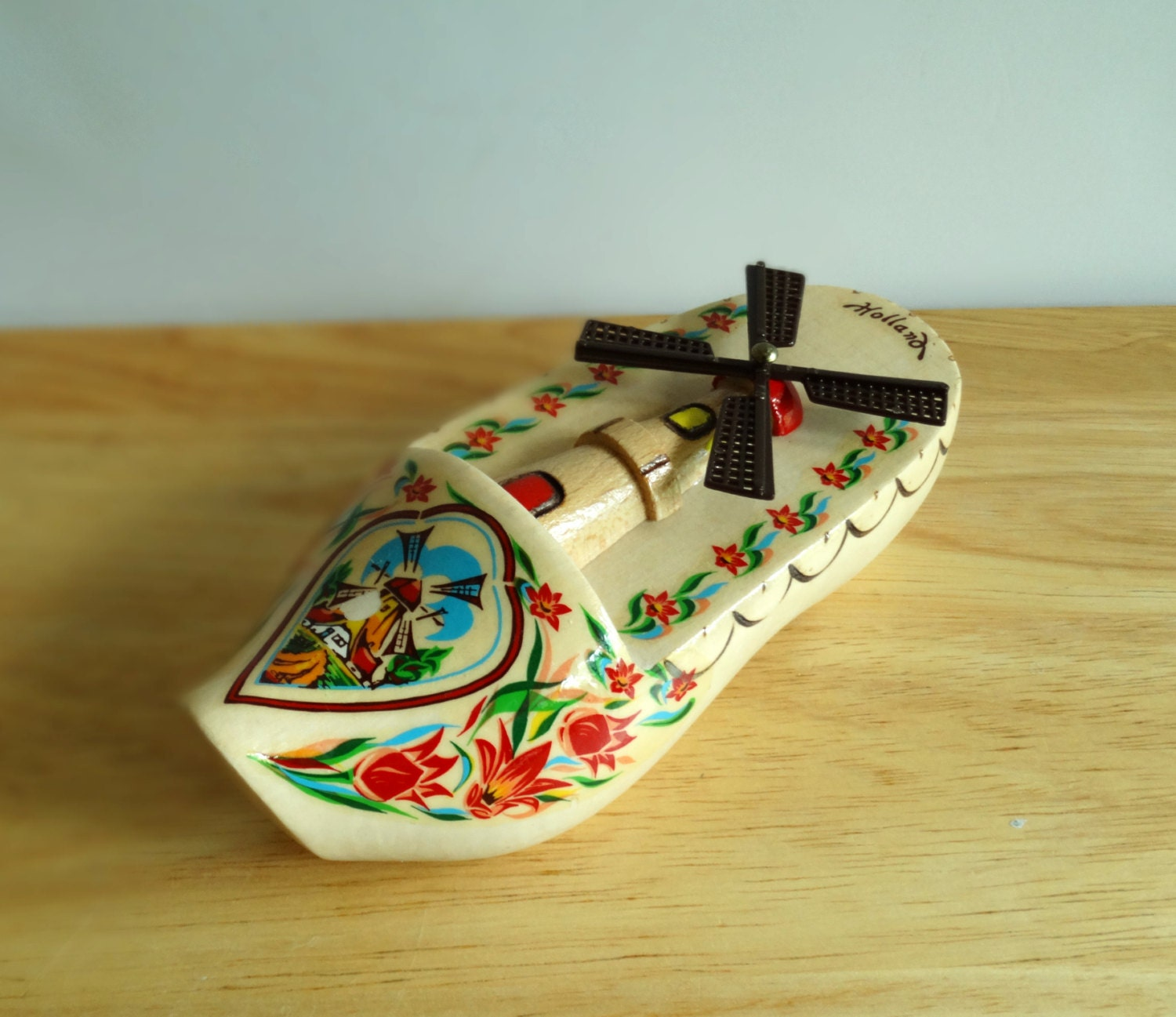 Vintage Holland Souvenir Unique Wooden Shoe with Spinning