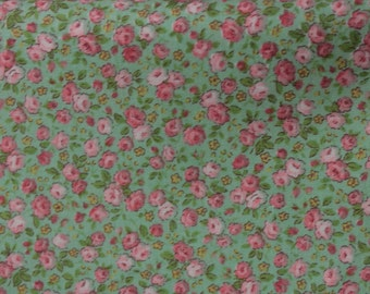 Flower Bouquet  Cotton Fabric by  Lecien 5108-60 Tiny Roses