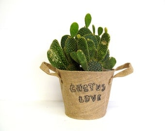Burlap Bucket Basket, Natural Jute Soft Handle Container for Crafting, Painting, Embellishment